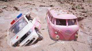 Hello Kitty Car Wash - Cars Stuck in Mud