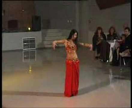 Bellydance-oriental dancer Aisha
