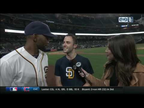 Alexei Ramírez postgame chat after Padres defeat the Mariners