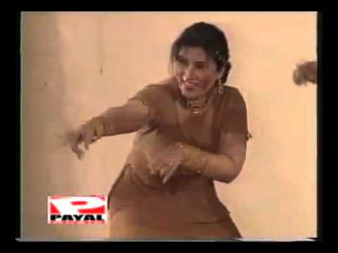 Majassair Paswal Dil Pyar Karan Nu Karda-Mujra By Hina Shaheen...