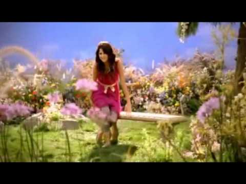 Selena Gomez-fly To Your Heart video
