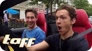 SPIDERMAN hat ANGST vor SPINNEN? Tom Holland bei Stars in Cars | taff | ProSieben