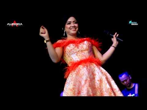 Download Musafir Cinta - Siska Valentina | OM AURORA Mp4 baru