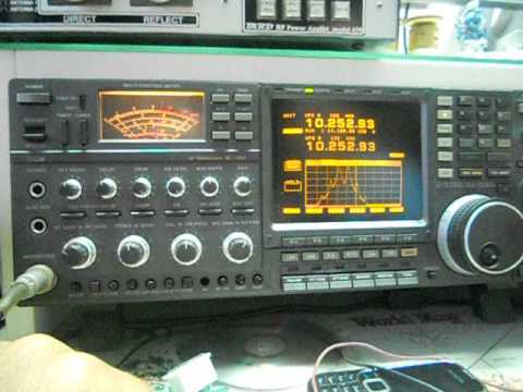 No Mod's inside....Original ICOM IC-781.avi