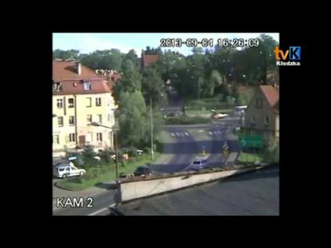 Kolejny Wypadek Na Rondzie - Kłodzko 04.09.2013