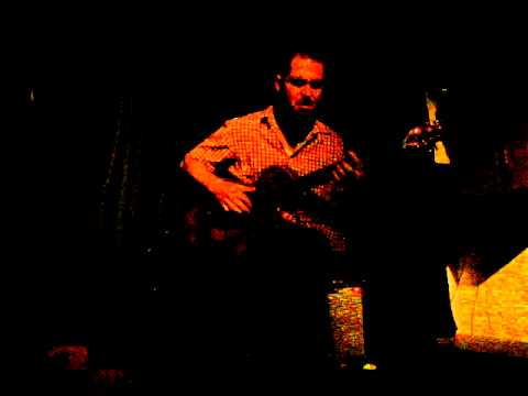 Charlie Hunter Brooklyn Tamp 'Em 8-4-2011.MPG