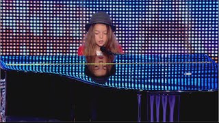 Erza 8 Years Old Sings 39 Papaoutai 39 By Stromae France 39 S Got Talent 2014 Audition Week 2