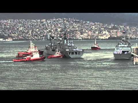 ROK Navy ship Dae Cheong leaving the dock in Izmir 11 October 2015