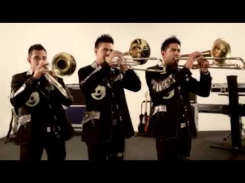 Lo Sigues Amando ( Video Oficial ) - Banda Pequeños Musical ( 2012 )