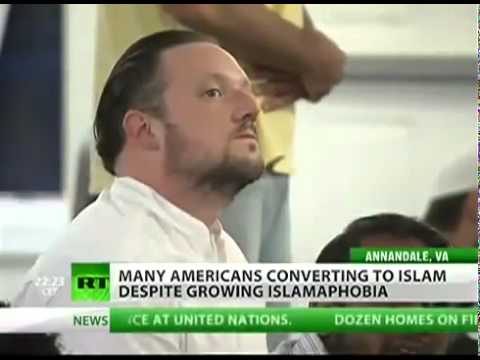 Americans converting to Islam despite all the roumors and lies.flv
