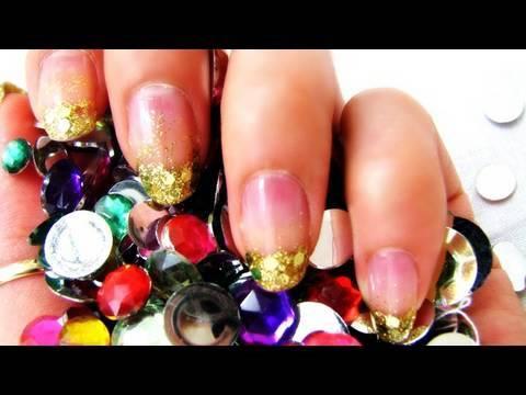 D.I.Y Glitter French Tips Nails : SecretLifeOfABioNerd