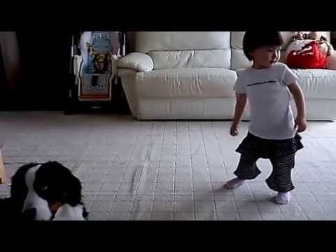 1 year baby pretty booty dance!  love music!