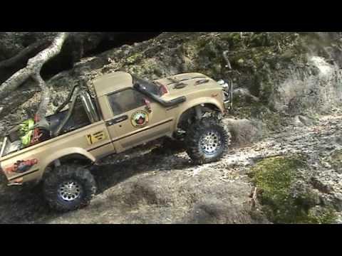 trail finder - RC Toyota Hilux crawler