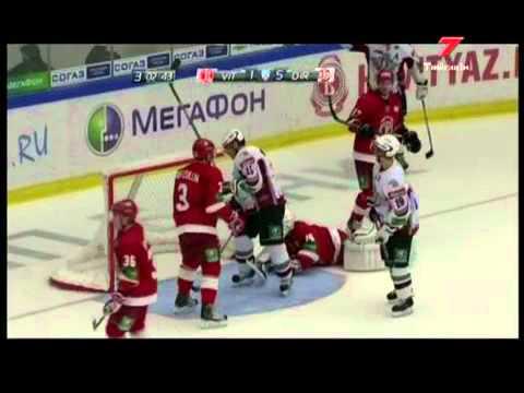 Озолиньш пробил Яблонски и пустил ему кровь, КХЛ Драки