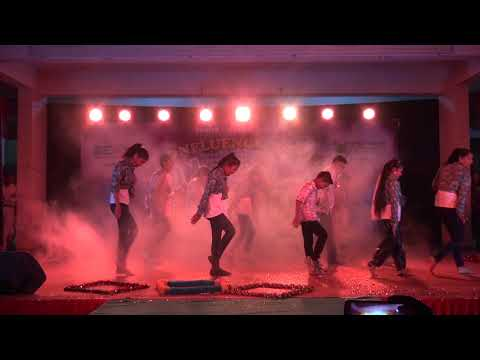 Apna Har Din Aise jiyo Dance Cover by primary Student || Conflunce 2018-19 || Greenergy School