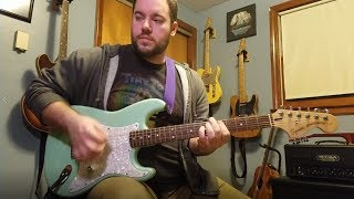 Squier Tom Delonge Strat Review & Demo