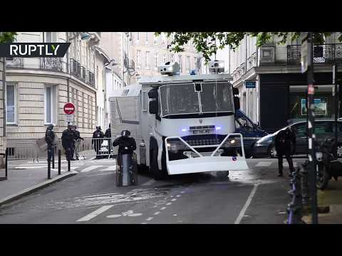 Anti-Macron rally: Water cannons deployed against protesters in Nantes