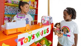 Toy Hunt with Baby Alive At Pretend Toy Shop TOYS WaS US! Toys And Me TIANA New Toys