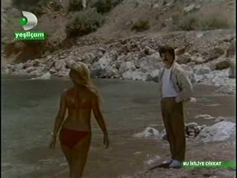 Bu ikiliye Dikkat (1985) Banu Alkan Serpil Cakmakli 7