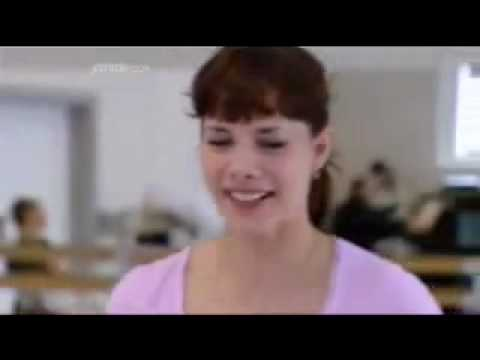 Darcey Bussell teaches cygnets at the Royal Ballet School.avi