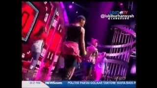 Bang Bang - Indah Nevertari Feat.Regina Ivanova on I News Maker Awards 2015, 6 April 2015