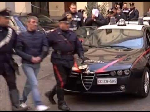 Napoli - Faida Scampia, arrestati i boss Abbinante (19.02.13)