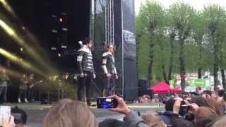Ylvis Video - Ylvis - The Expensive Jacket Tour - Concert clips Bergen 16.May.2014