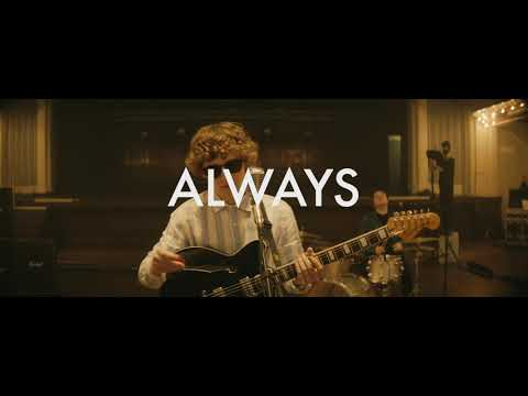 Download Lagu The Snuts - Always (Live ).mp3