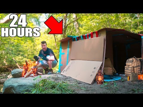 24 HOUR BOX FORT IN THE WOODS SURVIVAL CHALLENGE! 📦