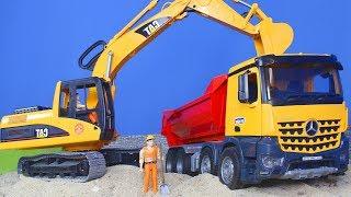 Bagger, Kran, Lastwagen, Spielzeugautos & Truck Baustelle | BRUDER Spielwaren für Kinder