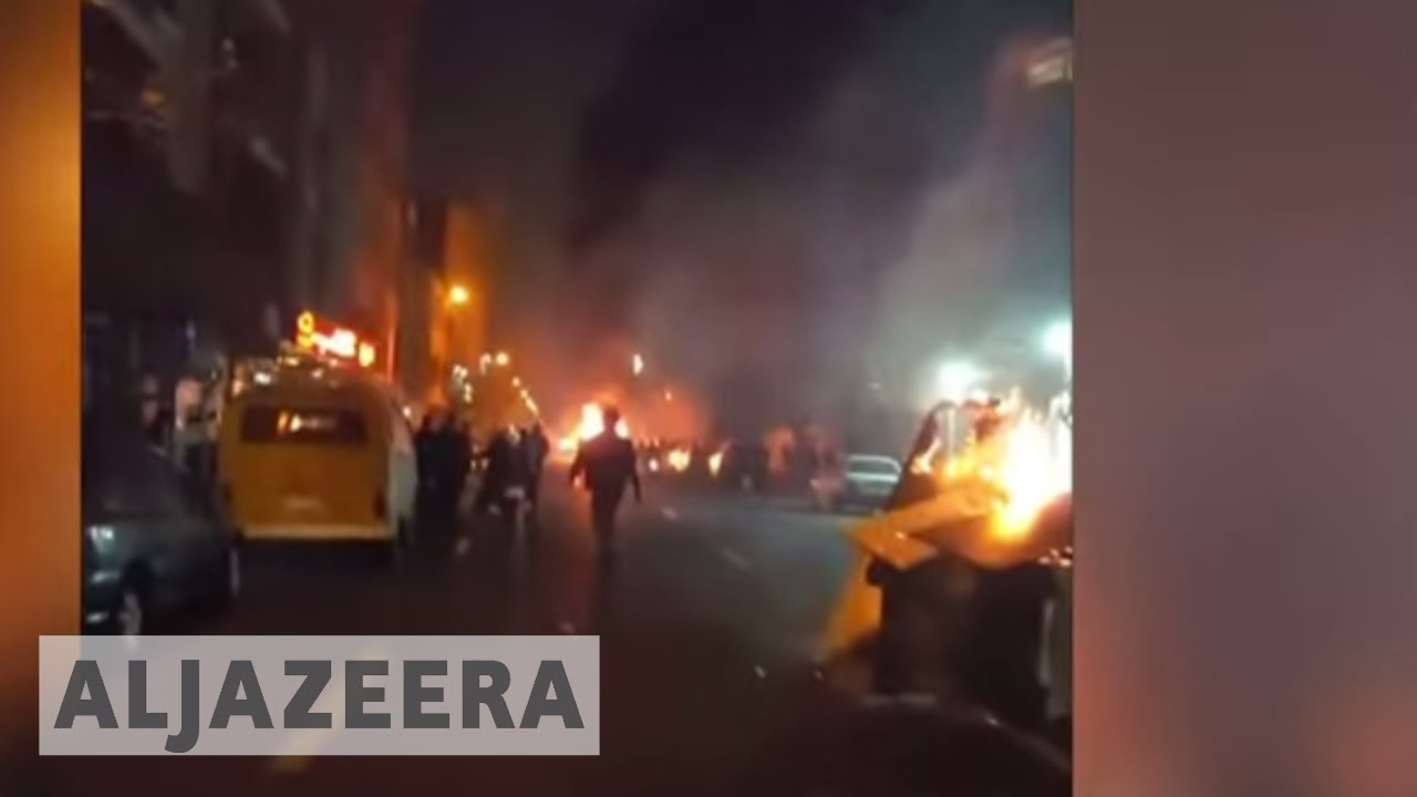 Iran: Government warns protesters if they don't stop