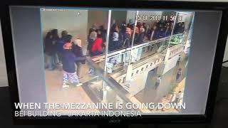 CCTV Ketika Runtuh Gedung BEI - Jakarta Indonesia Januari 2018