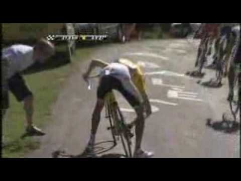Contador attacks Schleck in Tour