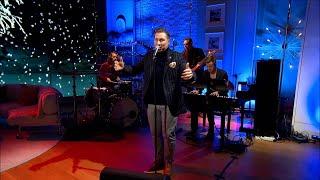 Samuel Ljungblad och husbandet framför låten Witness - Nyhetsmorgon (TV4)