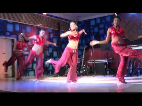 Double 8 Dancing Group - Daddy Mummy (Villu)