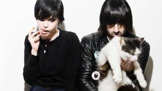 Crystal Castles - Doe Deer