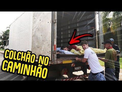 COLOQUEI O COLCHÃO DO MEU AMIGO EM UM CAMINHÃO !! [ REZENDE EVIL ] thumbnail