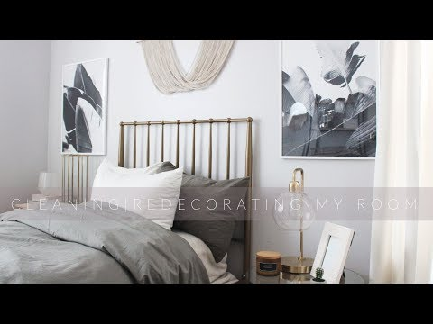 CLEANING | REDECORATING MY BEDROOM