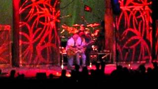 Neil Young amp Crazy Horse - Walk Like A Giant