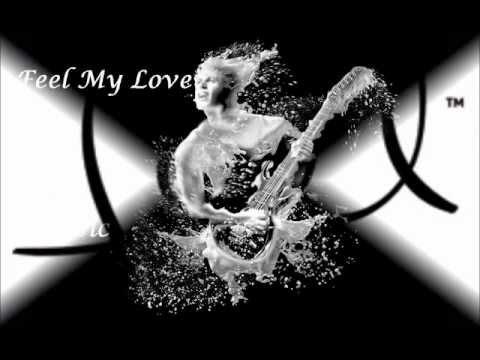 Feel My Love With Music - Khoya Rehta Hoon video