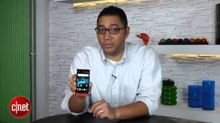 The fashionable Sony Xperia P - First Look