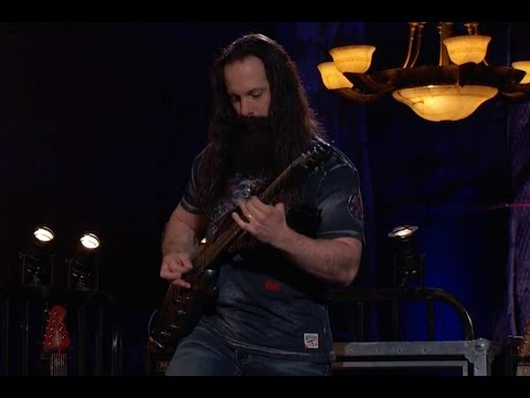 Sneak Peek: John Petrucci Shreds on 'That Metal Show'