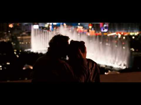 Love scene and fountain, extrait de Lucky You (2006)