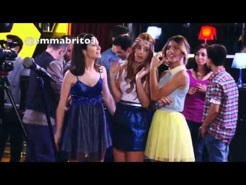 Violetta - Violetta se entera que se le rompió el celular a León (03x60)