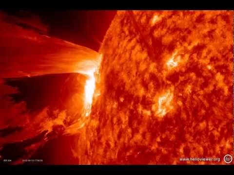NASA images of a M1.7 class solar flare, seen by SDO (Solar Dynamics Observatory) - Video V ax