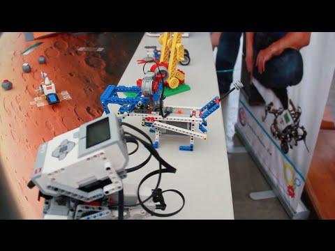 Primera Competencia De Robótica Educativa Con Legos