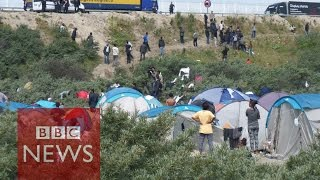 "Calais Migrants: What's it like in the ""Jungle""? (360 video) BBC News"