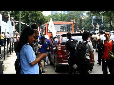 Indonesia  Anti Abbott Protest At Australian Embassy