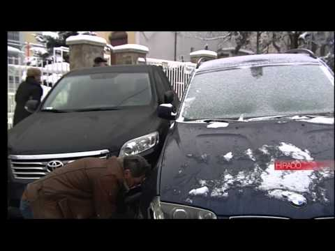 Very shockin dangerous winter carcrash and accident in Budapest with 4 cars