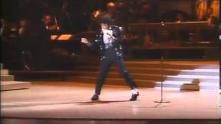 Khám phá điệu nhảy moonwalk 30 tuổi của Michael Jackson - Zing News - Âu Mỹ